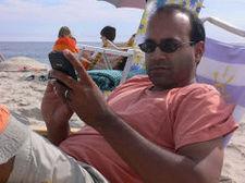 Blackberry_on_the_beach_2
