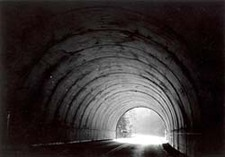 Light_at_the_end_of_the_tunnel